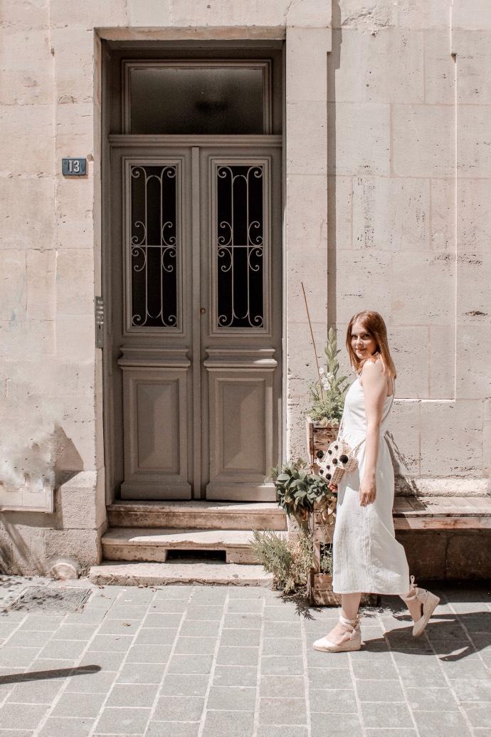 Must have été 2019 robe longue en lin blanche espadrilles castaner - Blog Mangue Poudrée - Blog beauté et mode à reims blogueuse influenceuse instragrammeuse - 02