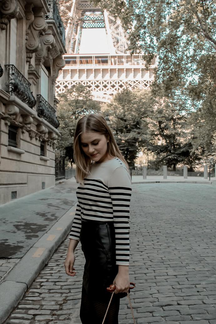 Mon look d'automne à Paris rue de l'université 8eme - Blog Mangue Poudrée - Blog mode et lifestyle à Reims influenceuse - 14