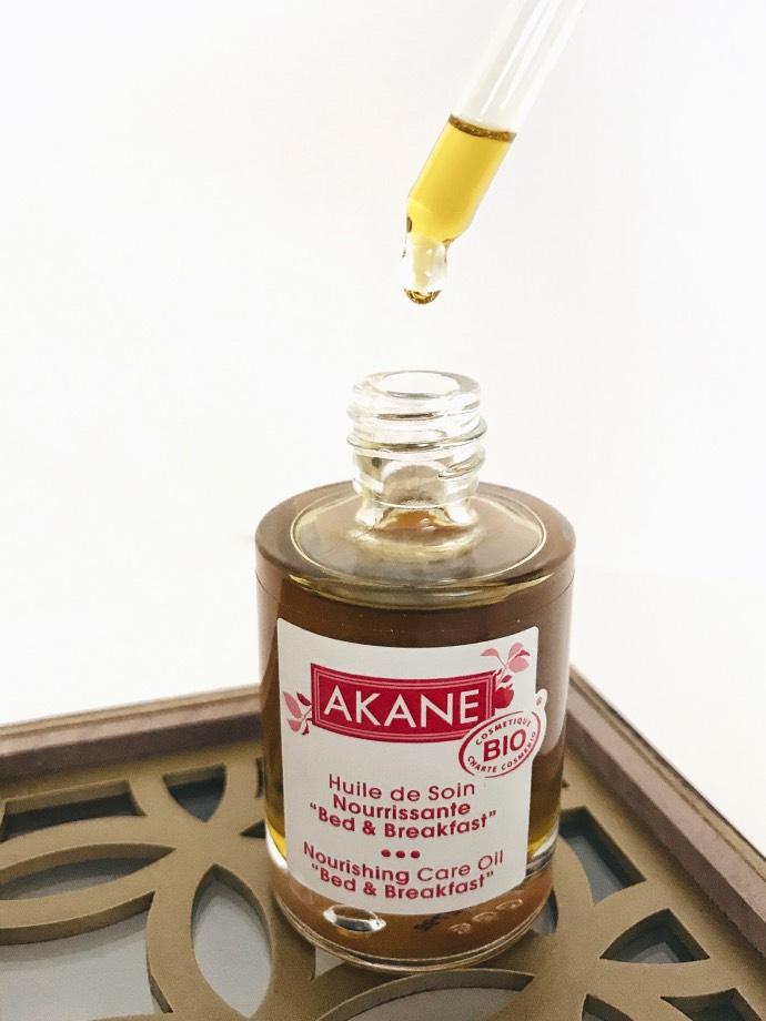 """Gamme nourrissante peau sèche Akane // huile de soin """"bed and breakfast"""" // Blog Mangue Poudrée"""