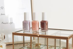 Collection Essie Printemps 2019 swatch revue - Blog Mangue Poudrée - Blog beauté mode et lifestyle à Reims Paris - 07