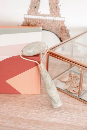 Avis Birchbox mai 2019 magique mantra - Blog Mangue Poudrée - Blog beauté et lifestyle à Reims - 03 Roller Jade Mélusie