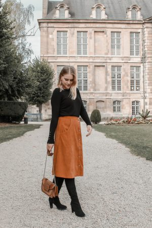 Comment porter le velours côtelé ? - 3 façons de porter le velours côtelé en automne avec 3 idées de looks facile à reproduire - Blog Mangue Poudrée - Blog mode et lifestyle à Reims influenceuse - 05