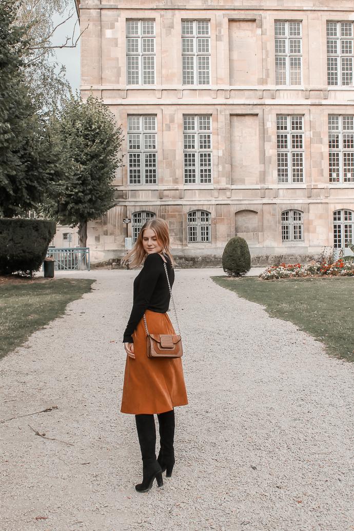 Comment porter le velours côtelé ? - 3 façons de porter le velours côtelé en automne avec 3 idées de looks facile à reproduire - Blog Mangue Poudrée - Blog mode et lifestyle à Reims influenceuse - 08