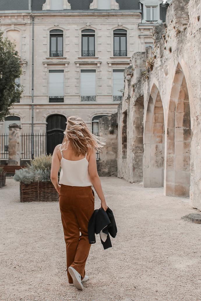 Comment porter le velours côtelé ? - 3 façons de porter le velours côtelé en automne avec 3 idées de looks facile à reproduire - Blog Mangue Poudrée - Blog mode et lifestyle à Reims influenceuse - 13