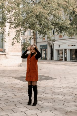 Comment porter le velours côtelé ? - 3 façons de porter le velours côtelé en automne avec 3 idées de looks facile à reproduire - Blog Mangue Poudrée - Blog mode et lifestyle à Reims influenceuse - 19