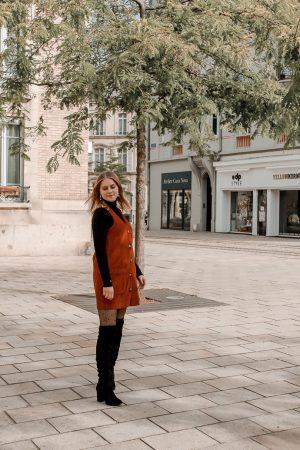 Comment porter le velours côtelé ? - 3 façons de porter le velours côtelé en automne avec 3 idées de looks facile à reproduire - Blog Mangue Poudrée - Blog mode et lifestyle à Reims influenceuse - 21