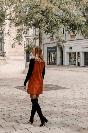 Comment porter le velours côtelé ? - 3 façons de porter le velours côtelé en automne avec 3 idées de looks facile à reproduire - Blog Mangue Poudrée - Blog mode et lifestyle à Reims influenceuse - 23