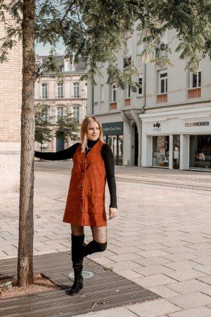 Comment porter le velours côtelé ? - 3 façons de porter le velours côtelé en automne avec 3 idées de looks facile à reproduire - Blog Mangue Poudrée - Blog mode et lifestyle à Reims influenceuse - 27