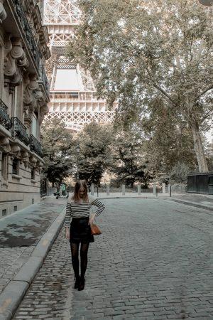 Mon look d'automne à Paris rue de l'université 8eme - Blog Mangue Poudrée - Blog mode et lifestyle à Reims influenceuse - 02