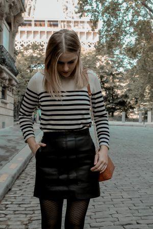 Mon look d'automne à Paris rue de l'université 8eme - Blog Mangue Poudrée - Blog mode et lifestyle à Reims influenceuse - 08