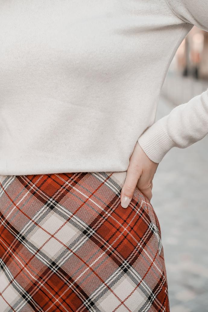 La jupe tartan parfaite pour l'automne hiver - Blog Mangue Poudrée - Blog mode et lifestyle à Paris et Reims - 07