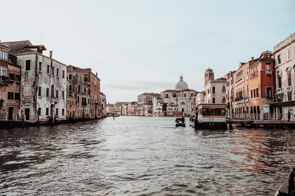 Pourquoi visiter Venise en hiver - 5 bonnes raisons de visiter Venise en hiver - Blog Mangue Poudrée - Blog mode et lifestyle Reims Paris - 03