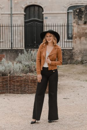 Avis Koshka Mashka - comment porter le jean flare look - Blog Mangue Poudrée - Blog mode et lifestyle Reims Paris Influenceuse1