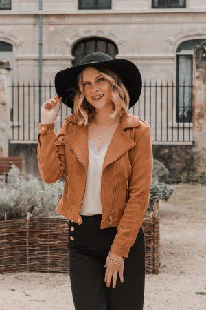 Avis Koshka Mashka - comment porter le jean flare look - Blog Mangue Poudrée - Blog mode et lifestyle Reims Paris Influenceuse12