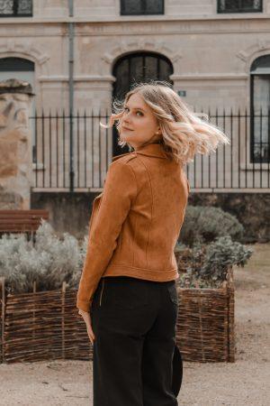 Avis Koshka Mashka - comment porter le jean flare look - Blog Mangue Poudrée - Blog mode et lifestyle Reims Paris Influenceuse13