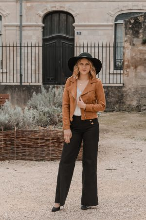 Avis Koshka Mashka - comment porter le jean flare look - Blog Mangue Poudrée - Blog mode et lifestyle Reims Paris Influenceuse2