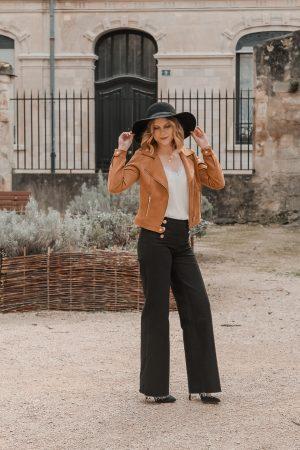 Avis Koshka Mashka - comment porter le jean flare look - Blog Mangue Poudrée - Blog mode et lifestyle Reims Paris Influenceuse3