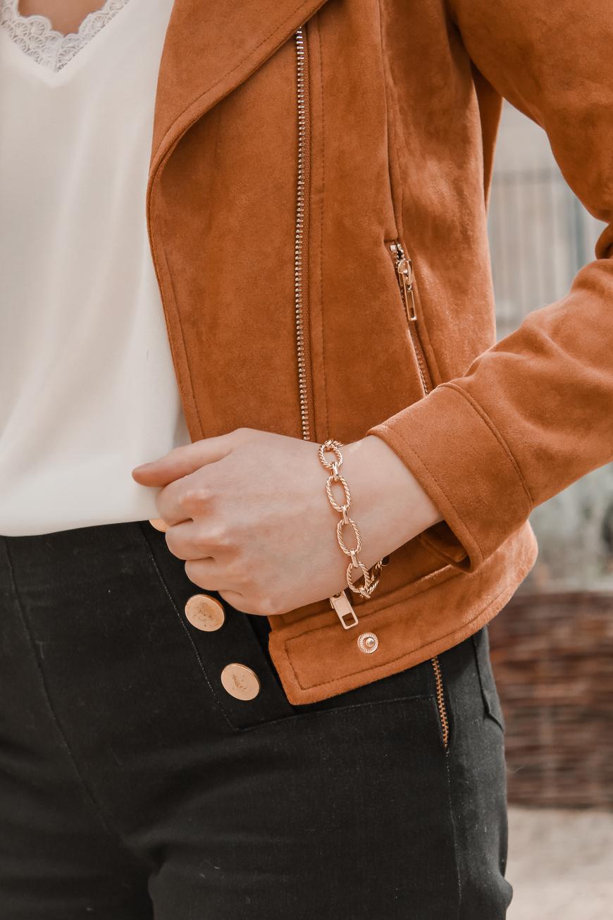 Avis Koshka Mashka - comment porter le jean flare look - Blog Mangue Poudrée - Blog mode et lifestyle Reims Paris Influenceuse5
