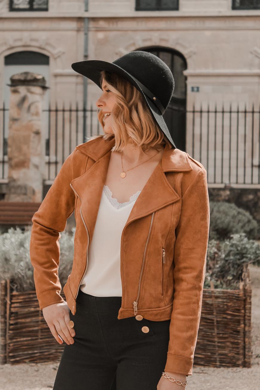 Avis Koshka Mashka - comment porter le jean flare look - Blog Mangue Poudrée - Blog mode et lifestyle Reims Paris Influenceuse6