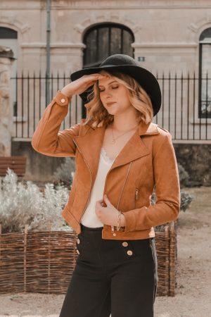 Avis Koshka Mashka - comment porter le jean flare look - Blog Mangue Poudrée - Blog mode et lifestyle Reims Paris Influenceuse7