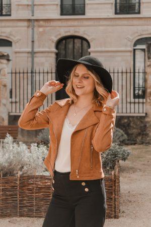 Avis Koshka Mashka - comment porter le jean flare look - Blog Mangue Poudrée - Blog mode et lifestyle Reims Paris Influenceuse8