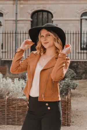 Avis Koshka Mashka - comment porter le jean flare look - Blog Mangue Poudrée - Blog mode et lifestyle Reims Paris Influenceuse9