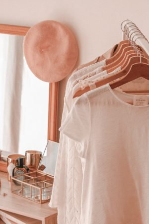 7 astuces pour rendre son dressing plus éco-responsable - Blog Mangue Poudrée - Blog mode et lifestyle à Reims Paris influenceuse - www.mangue-poudree.fr - 7