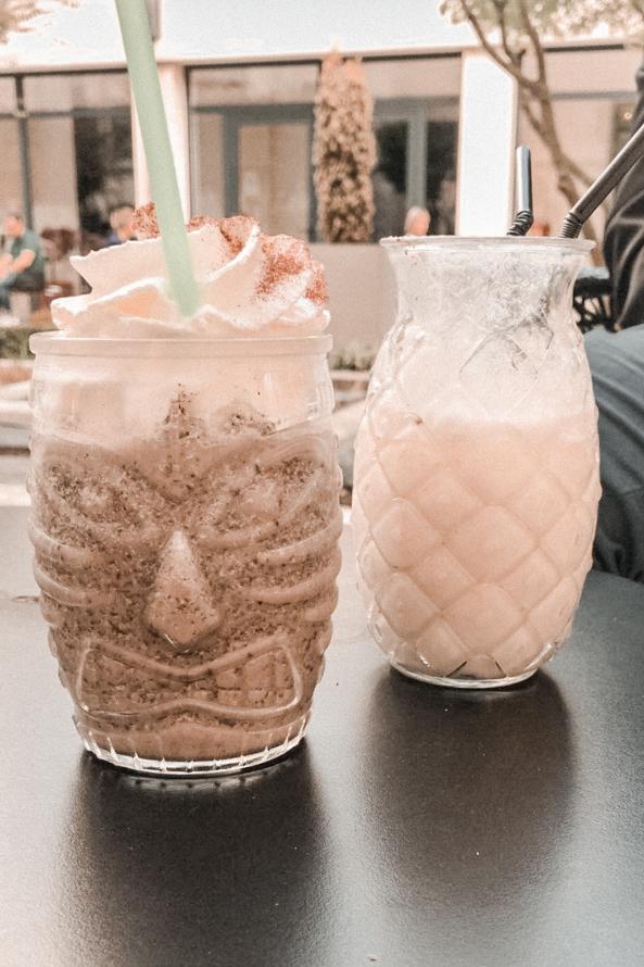 Où sortir à Reims ? Mes bonnes adresses pour aller boire un verre - Blog Mangue Poudrée - Influenceuse Reims - Le Bar de l'Hotel de la Paix