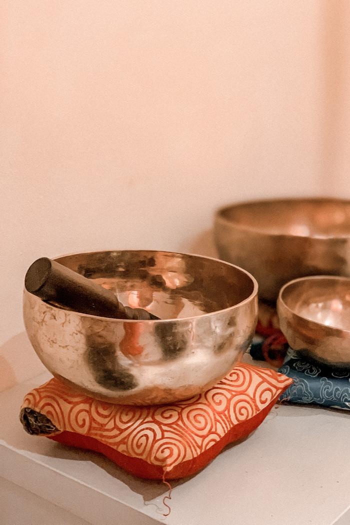 Week-end-bien-être-en-Alsace-Spa-Sulzbad-Massage-sonore-bols-tibétains-2
